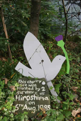 Scotland's for Peace Bird at Hiroshima tree; photo: Iain Mitchell